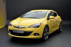 Opel Astra GTC op IAA Frankfurt 2011 Royalty-vrije Stock Foto's