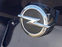 Opel klassiskt bilsymbol royaltyfria foton