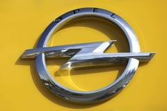 Opel-Logo Lizenzfreie Stockfotos