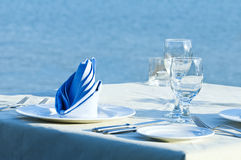 Open-air table setting for meals Royalty Free Stock Photography