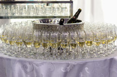 Open bar with glasses Royalty Free Stock Photography
