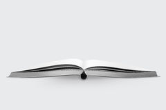 Open boek op witte achtergrond Royalty-vrije Stock Afbeelding