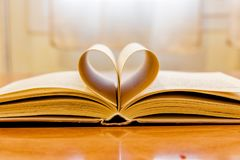 open book with heart 1 Royalty Free Stock Photography