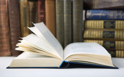 Open book in  Library Royalty Free Stock Photos