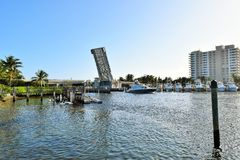 Open bridge over Intracoastal waterway in Florida Royalty Free Stock Photos