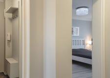 Open door to bedroom Royalty Free Stock Photos