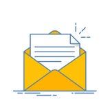Open envelop met een document Nieuwe brief Het verzenden van correspondentie Vlakke die lijnillustratie op witte achtergrond word royalty-vrije illustratie