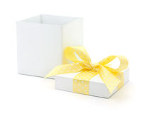 Free Open Gift Box Stock Photography - 28286822