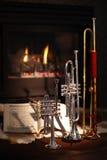 Open haard, trompet, muziek stock fotografie