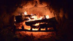 Open haardbrandhout stock footage