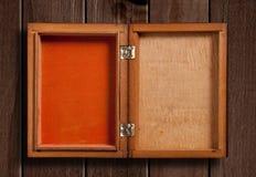 Open houten doos, stock afbeelding