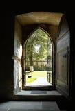 Open kerkdeur Stock Afbeelding