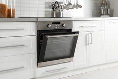 Open moderne gebouwde oven royalty-vrije stock foto's