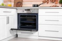 Open moderne oven stock foto