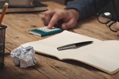 Open notebook with pen Royalty Free Stock Images