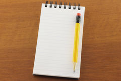 Open notepad and pencil Royalty Free Stock Photography