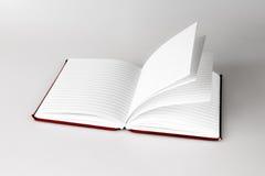 Notitieboekje met pagina's het wegknippen Stock Afbeeldingen