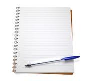 Open notitieboekje met pen Royalty-vrije Stock Afbeeldingen