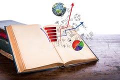 Open oud uitstekend boek met bedrijfsgrafiek Stock Afbeelding