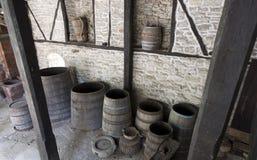 Open oude houten vaten Stock Afbeeldingen