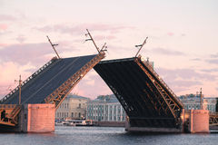 Open Palace bridge from the Neva river in St. Petersburg Stock Photography