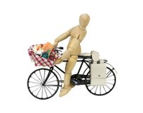 Open picnic food basket on bicycle Stock Photo