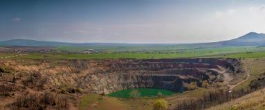 Open-pit ορυχείο κοντά στο τσάρο Asen, Βουλγαρία Στοκ εικόνες με δικαίωμα ελεύθερης χρήσης