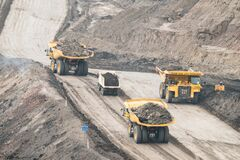 Free Open Pit Coal Mining Stock Photography - 180860122