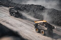 Free Open Pit Mine Industry. Yellow Mining Truck For Coal Moves Along Dusty Quarry Road Royalty Free Stock Photos - 196049108