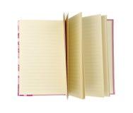 Open recicló el cuaderno marrón aislado en el fondo blanco con la trayectoria de recortes Imagen de archivo libre de regalías