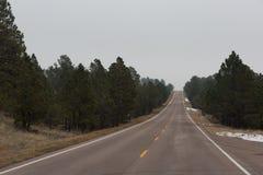 Open Road in de Wolken in Oostelijk Colorado stock foto's