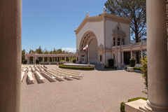 Open seating and ornate building with pillars of the Spreckels O Royalty Free Stock Photography