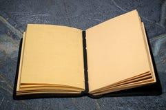 Open sketchbookdagboek Stock Foto's