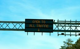 Open To All Traffic Freeway Sign Royalty Free Stock Photos