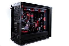Open uw computer met een waterkoelingssysteem, een bewerker, een grafiekkaart, een motherboard ventilator royalty-vrije stock fotografie