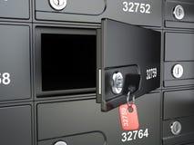 Open veilige bankcel en sleutel tot de brandkast Royalty-vrije Stock Foto's