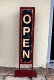 Open voor BedrijfsTeken Stock Foto