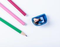 Open zensieren Bleistiftspitzer und Bleistifte Stockfoto