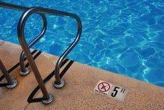 Openbaar pool-Geen Duik Royalty-vrije Stock Afbeelding