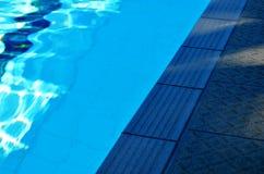 Openbaar zwembad royalty-vrije stock afbeeldingen