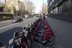 Openbare fietshuur in Londen royalty-vrije stock fotografie