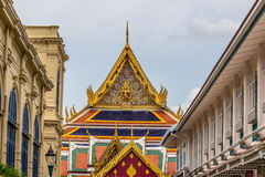Openbare koninklijke tempel met hemelachtergrond Stock Foto's