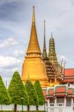 Openbare koninklijke tempel met hemelachtergrond Stock Fotografie