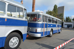 Openbare Open Dag op de garage Cinkota XXVII van de 40 éénjarigenbus Stock Foto