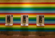 Openbare vaste telefooncel bij de luchthaven royalty-vrije stock afbeelding