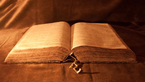 Opened Bible. Close-up of an antique opened Bible Royalty Free Stock Images