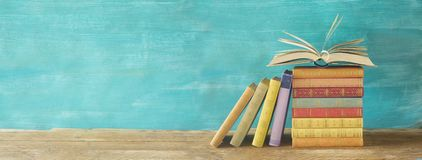 Free Opened Book On A Stack Of Books, Panorama, Reading Education, Lit Royalty Free Stock Images - 127889909