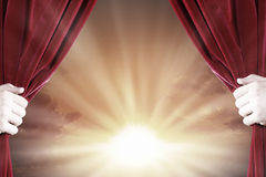 Opening curtain Royalty Free Stock Images