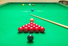 Opening Frame of Snooker Game with Cue Royalty Free Stock Photography