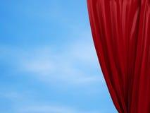 Openings rood gordijn Vrij concept Stock Foto
